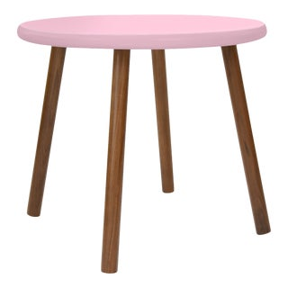 """Peewee Small Round 23.5"""" Kids Table in Walnut With Pink Finish Accent For Sale"""