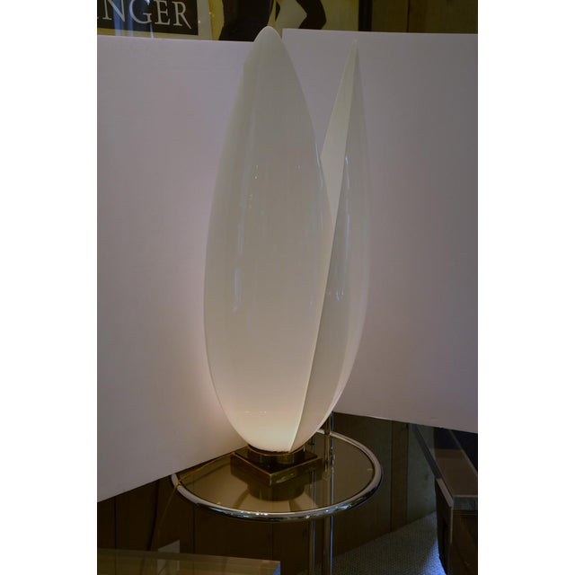 Mid-Century Modern Large Rougier Floriform Acrylic Lamp For Sale - Image 3 of 9