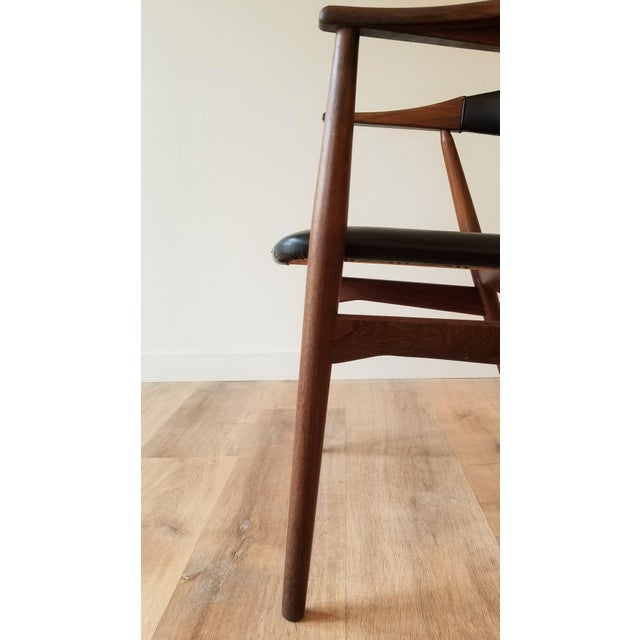 Mid 20th Century Thomas Harlev Model 213 Side Chair in Teak and Black Leatherette for Farstrup Møbler For Sale - Image 5 of 12
