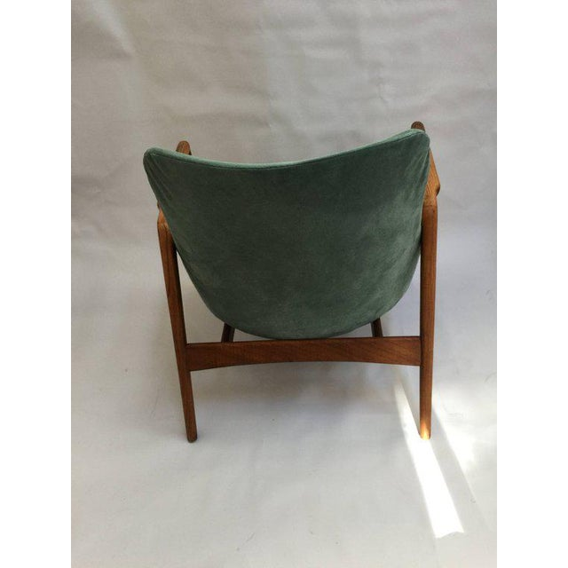A fantastic mid century modern find - 'Seal' lounge chair by Ib Kofod-Larsen for OPE, Sweden, 1956. Beautiful and iconic...