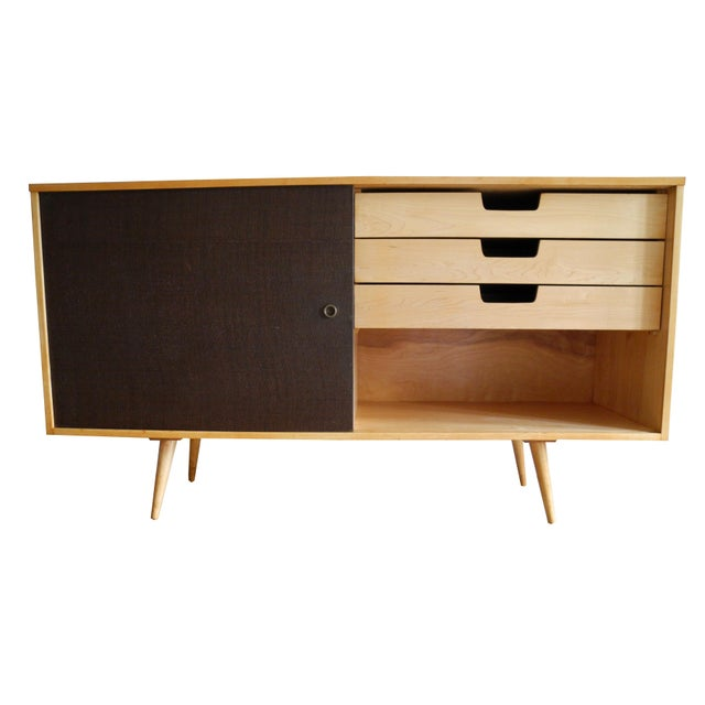20th Century Modern Maple Storage Credenza / Sideboard With Shelf and Drawers by Paul McCobb For Sale In New York - Image 6 of 13
