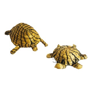 Vintage Native American Woven Turtle Figurines - Set of 2 For Sale