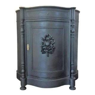Renaissance black pine and white marble linen press with drawer