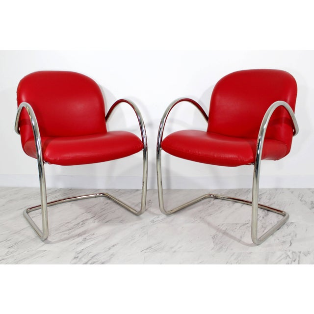Mid-Century Modern 1980s Mid-Century Modern Brueton Red Leather Dining Armchairs - Set of 6 For Sale - Image 3 of 10