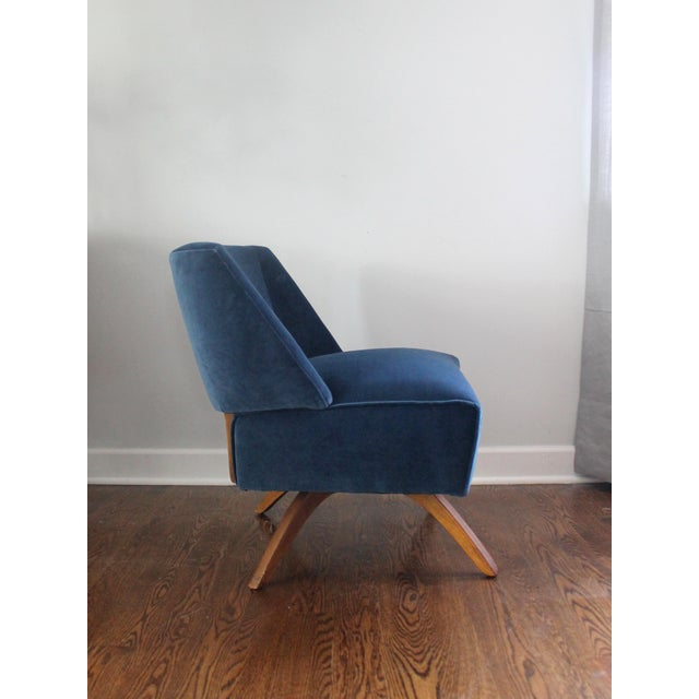 Vintage Mid Century Modern Accent Chair - Image 4 of 9