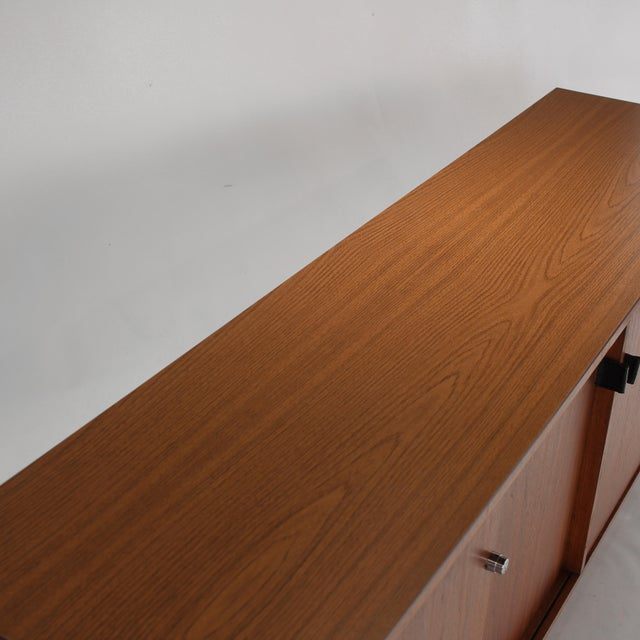 1960s Florence Knoll Walnut Credenza Sideboard For Sale - Image 10 of 13