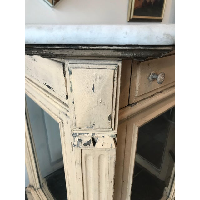 White 19th Century French Marble Topped Glass Cabinet For Sale - Image 8 of 12