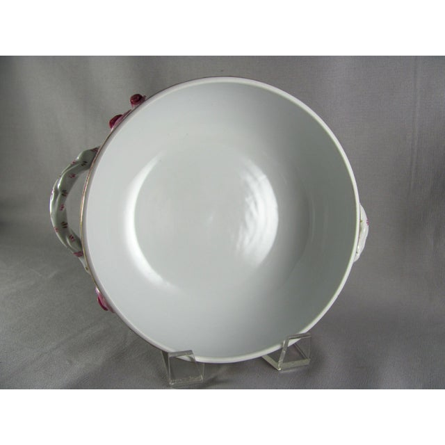 Chinese Herend Chinese Bouquet Raspberry Bean Pot Tureen With Lemon Finial For Sale - Image 3 of 10