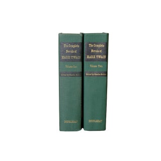 The Complete Novels of Mark Twain - 1964 Two Volume Set For Sale