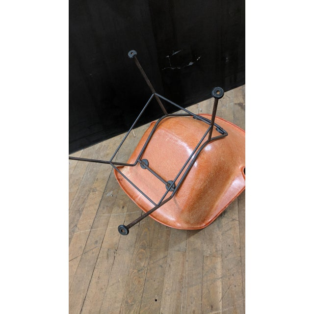 Lawrence Peabody for Selig Mid-Century Wingback Fiberglass Chair - Image 9 of 11