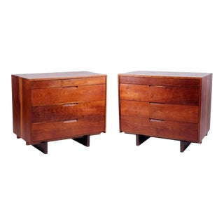 Dovetailed Dressers by George Nakashima - Pair For Sale