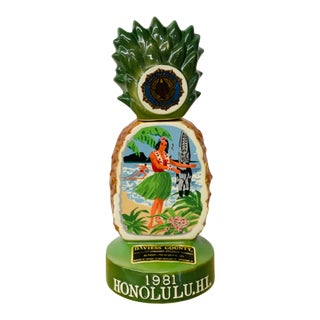 Vintage 1981 Davies County Kentucky Bourbon Pineapple Collector's Decanter For Sale