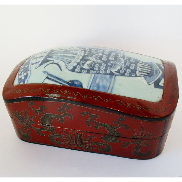 Vintage Chinese Lacquered Box For Sale - Image 4 of 10