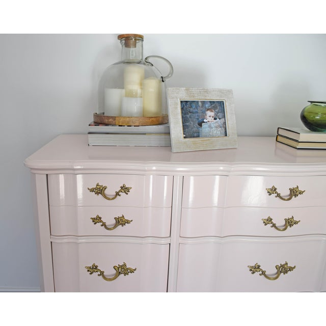 Wood French Provincial Huntley Glossy Pink Lacquer Dresser For Sale - Image 7 of 13
