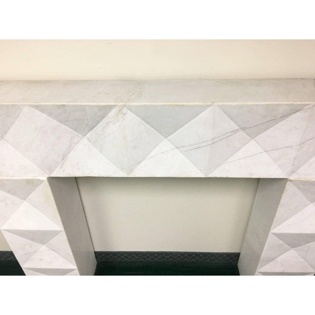 1960s 1960s Brutalist Style Mantel in Carrara Marble in Style of De Coene Frères For Sale - Image 5 of 10