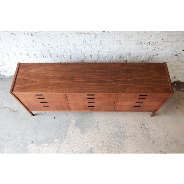 Mid-Century Modern Walnut Twelve-Drawer Dresser or Credenza by Founders For Sale In South Bend - Image 6 of 13