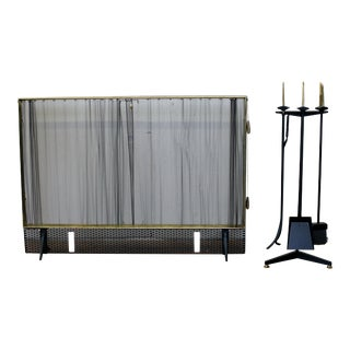 1950s Donald Deskey Mid-Century Modern Fireplace Tools and Fire Screen - Set of 5 For Sale