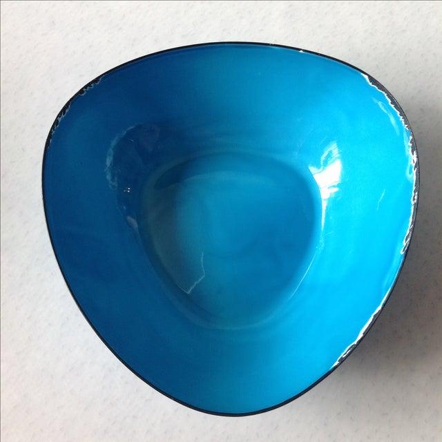 Mid-Century Modern Blue Enamel Metal Bowl - Image 6 of 11