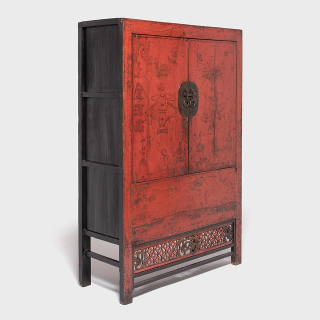 Mid 19th Century 19th Century Chinese Gilt Red Lacquered Cabinet For Sale - Image 5 of 10