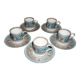 Wedgwood Bone China England Florentine Turquoise Demitasse Espresso Cups & Saucers - Set of 5 For Sale