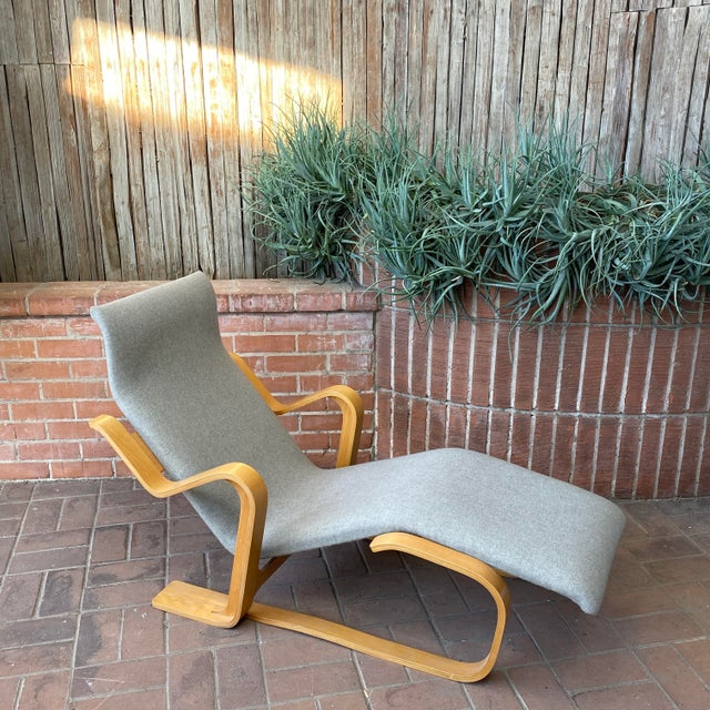 1980s Marcel Breuer Chaise Lounge For Sale - Image 9 of 13