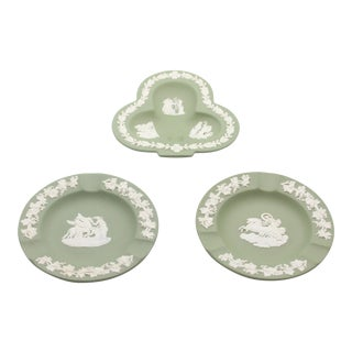 Pale Green Wedgwood Jasperware Bridge Ashtrays - Set of 3 For Sale