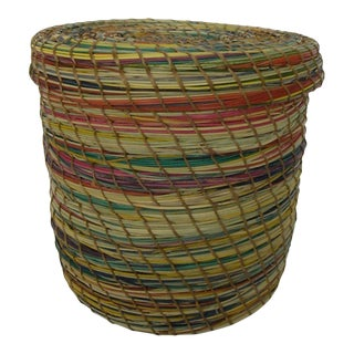 Minimalist Rattan Storage Basketwork Box With Lid For Sale