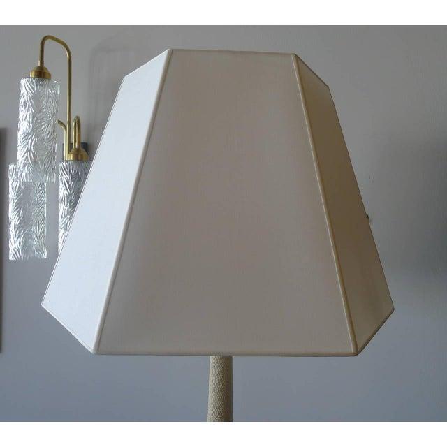 Paul Marra Elegant 1940s Inspired Cream Faux Shagreen Floor Lamp For Sale - Image 9 of 10