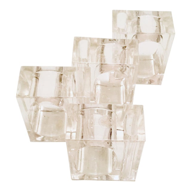Mid-Century Clear Lucite Napkin Rings - Set of 4 For Sale