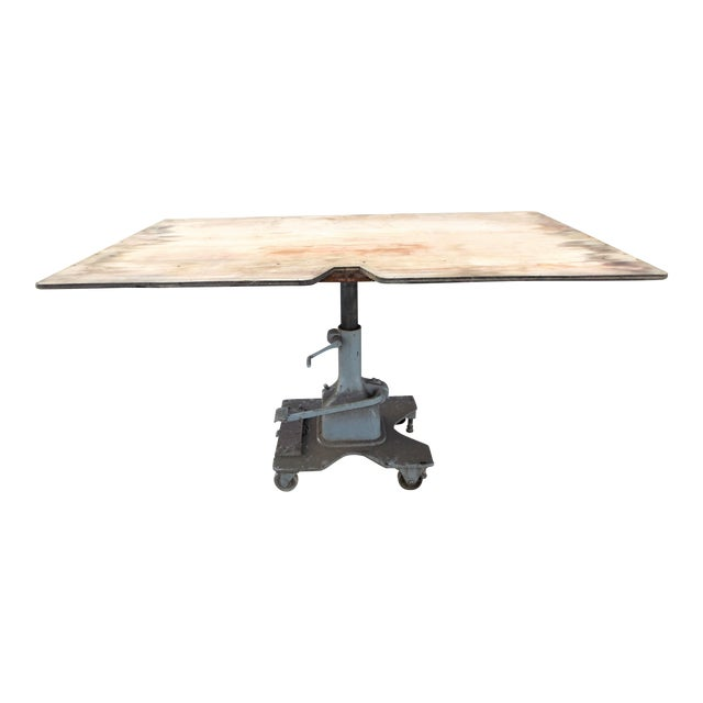 Vintage Midwest Tool & Engineering Co. Hydraulic Lift Table For Sale