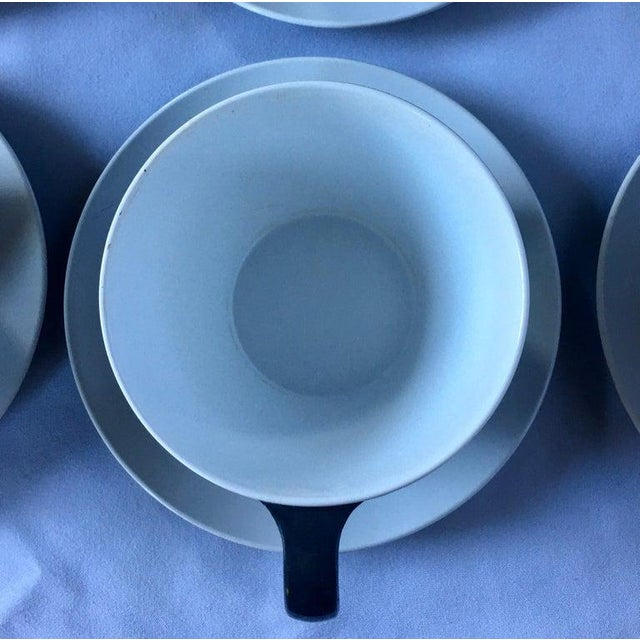 Plastic Mid-Century Modern Pan Am Airlines Melamine Plates Dinnerware Service, 1960s - Set of 74 For Sale - Image 7 of 13