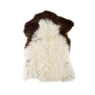 "Contemporary Natural Wool Sheepskin Pelt - 1'9""x2'6"" For Sale"