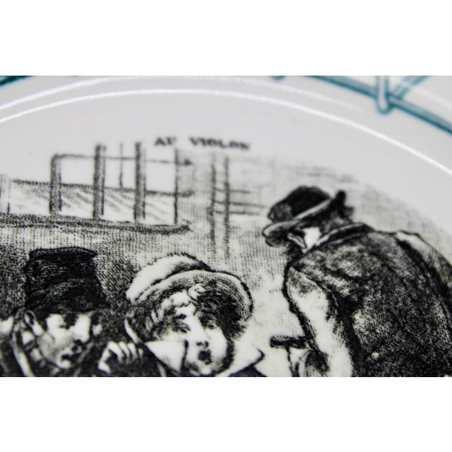 """1900 - 1909 Early 20th Century French Plate """"Au Violon"""" For Sale - Image 5 of 10"""