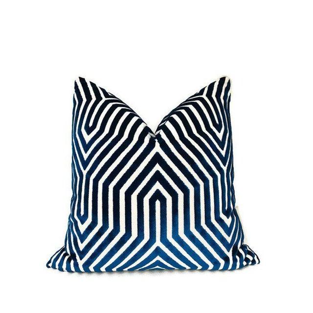 Modern Vanderbilt Velvet Pillow Cover in Navy Blue For Sale - Image 3 of 3