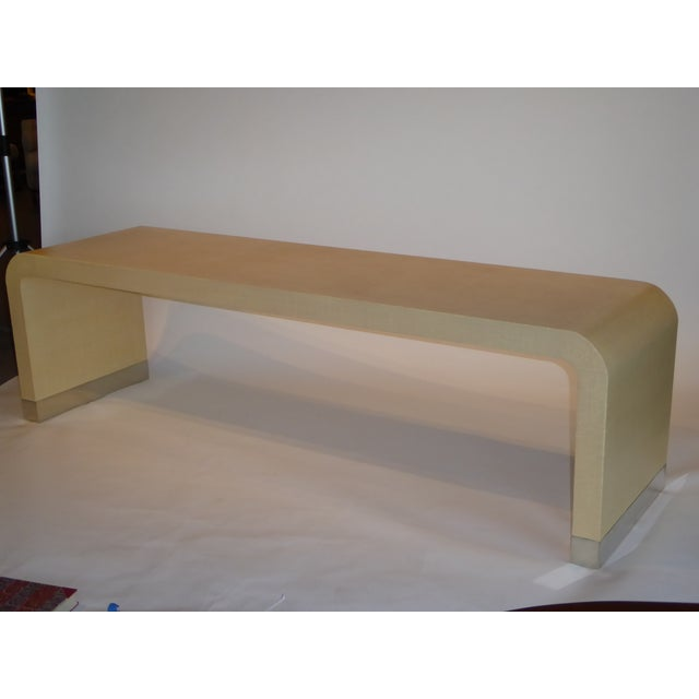 1970s Long Muriel Rudolph Modern Lacquered Grass Cloth Waterfall Console Table - Image 11 of 11
