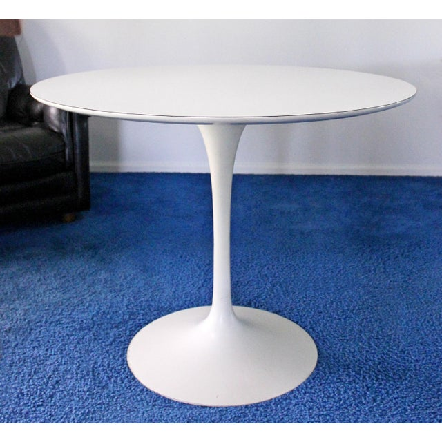 1960s Mid-Century Modern Saarinen for Knoll White Tulip Dinette Set Table 2 Chairs For Sale - Image 5 of 7