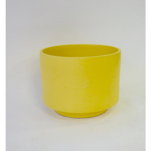 Mid-Century Modern Large California Modern Yellow Planter Pot by Gainey For Sale - Image 3 of 6