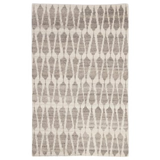 Jaipur Living Sabot Hand-Knotted Geometric Ivory/ Light Gray Area Rug - 7′9″ × 9′9″ For Sale