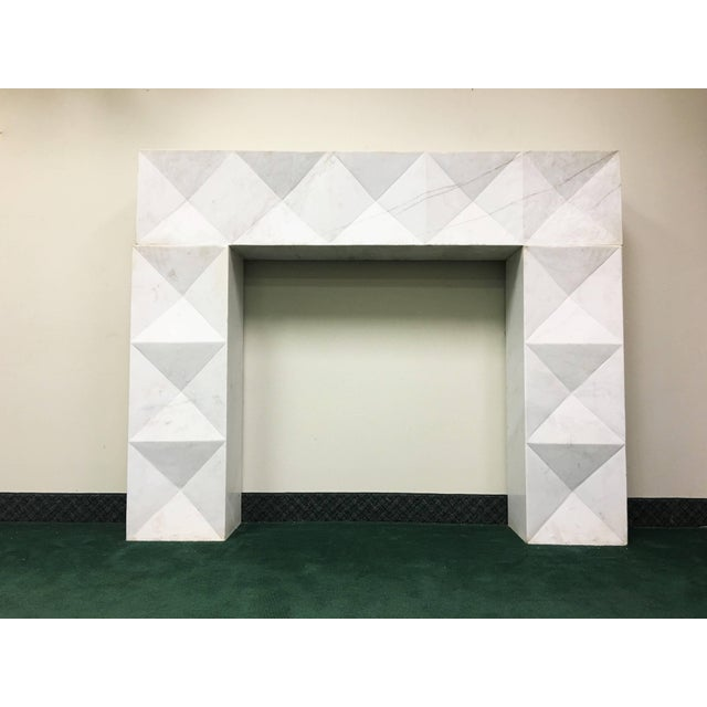 1960s Brutalist Style Mantel in Carrara Marble in Style of De Coene Frères For Sale - Image 9 of 9