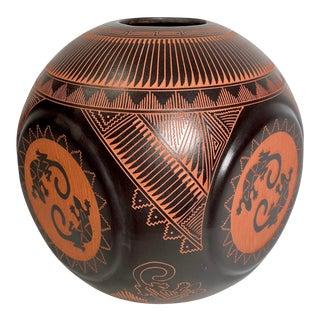 1980s Vintage Arizona Pottery Lizard Vase For Sale
