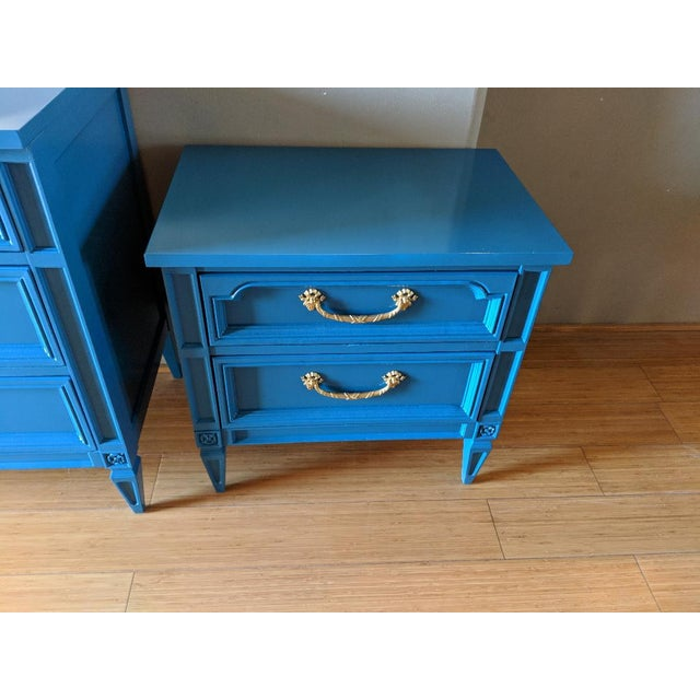 1960s Italian Basic Witz Blue High Gloss Six-Drawer Dresser and Nightstand Set - 2 Pieces For Sale In Phoenix - Image 6 of 12