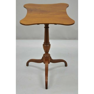 Antique 19th C English Sheraton Mahogany Tilt Top Tea Table With Shaped Edge Top Preview