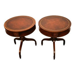 Vintage Regency Wieman Mahogany Round Leather Top Side Tables - a Pair For Sale