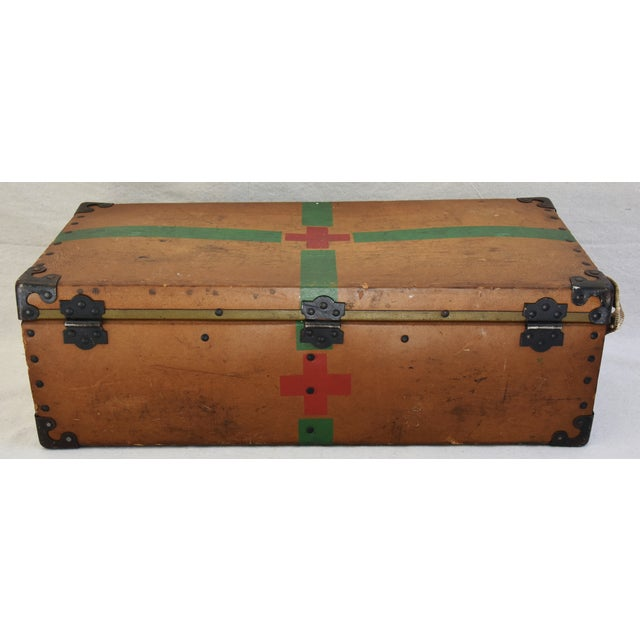 Green Circa 1940s Military Medical Suitcase w/ Cross For Sale - Image 8 of 11