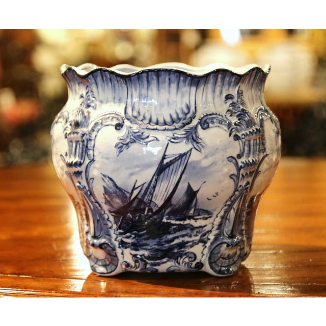 Traditional Large 19th Century Dutch Hand-Painted Blue and White Ceramic Delft Cachepot For Sale - Image 3 of 10