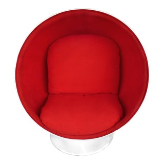 Fiberglass Swivel Ball Chair Attributed to Eero Aarnio (Denmark) For Sale