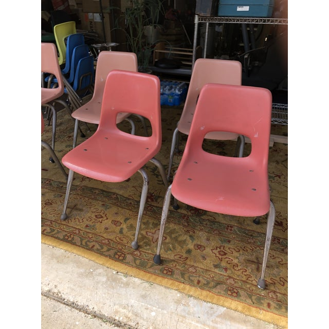 Vintage Mid Century Fiberglass Chairs- Set of 7 For Sale - Image 9 of 10