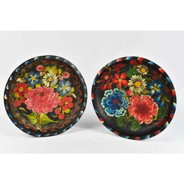 Mexican Folk Art Batea Bowls - A Pair For Sale In Los Angeles - Image 6 of 6