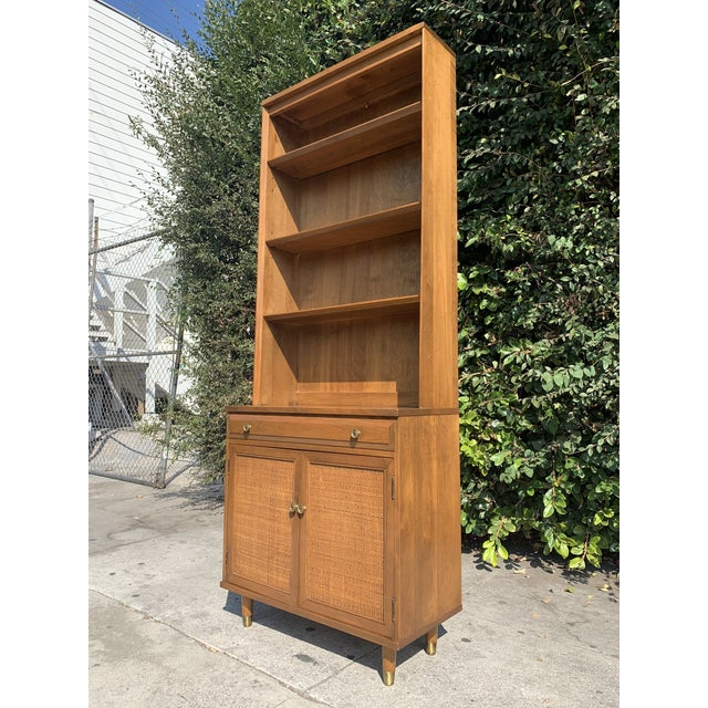 Awesome mid-century display shelf/china cabinet from the Roommates line by Baumritter, quality American furniture made to...