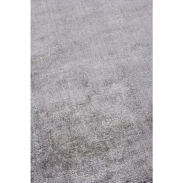 Exquisite Rugs Milton Hand Loom Viscose Light Silver - 6'x9' For Sale In Los Angeles - Image 6 of 8